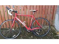 Carrera zelos 16 speed road bike 56cm frame
