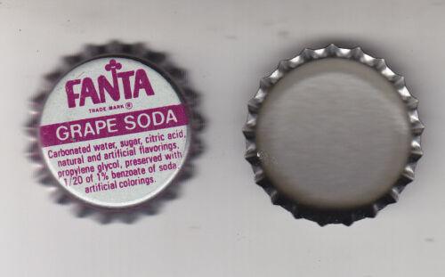 FANTA GRAPE SODA  BOTTLE CAPS.100 PIECES  PLASTIC LINED UNUSED  NEVER CRIMPED