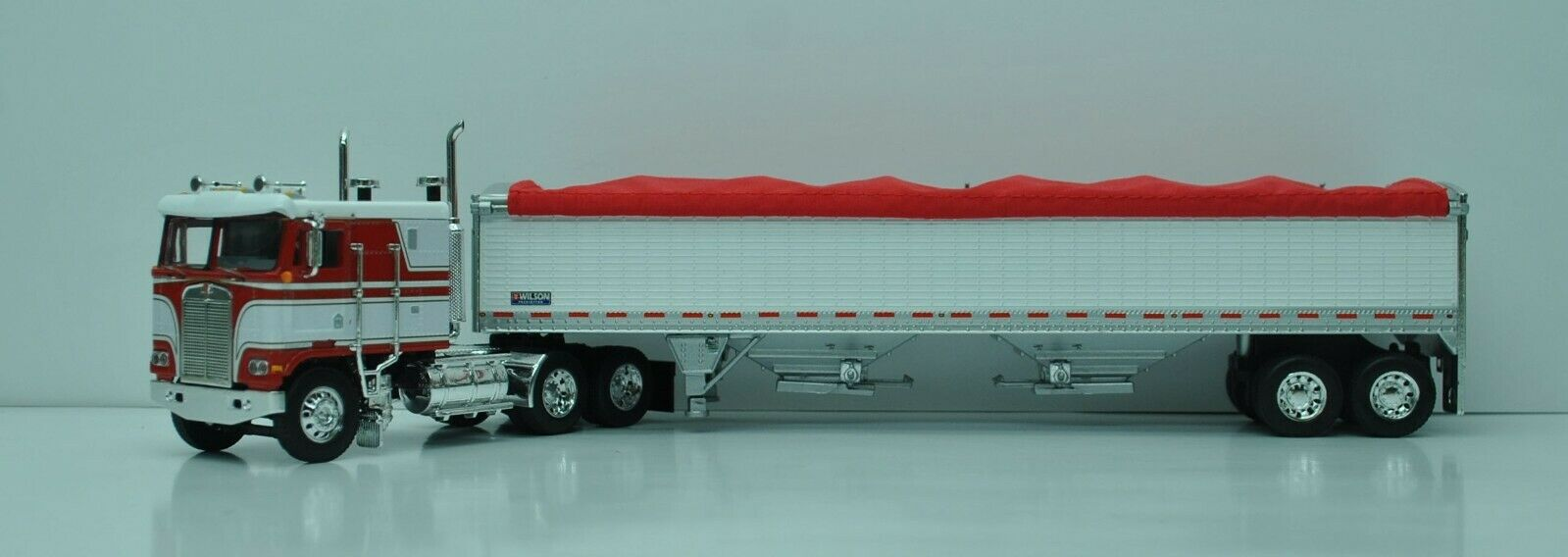 DCP FIRST GEAR 1/64 SCALE K-100 KENWORTH RED & WHITE, WHITE TALL SIDED GRAIN