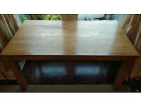 Solid oak dining table seat 6 people