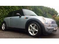 MINI COOPER 1.6 PETROL 115 BHP BLACK & RED INTERIOR (PART LEATHER) 111000 MILES MOT 28.07.18