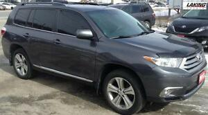 2013 Toyota Highlander SPORT AWD HEATED LEATHER SEATS Clean Car