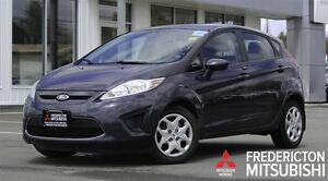 2012 Ford Fiesta SE! AUTO! HEATED SEATS! ONLY 18K!!