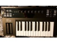 Native Instruments Komplete Kontrol S25 USB midi Keyboard