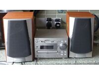 Sony mini hi fi component system with Sony speakers