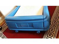 Kids car bed (little tikes)