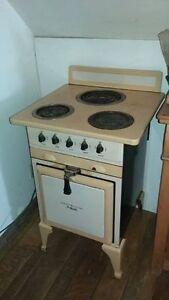 Cuisinière General Electric Hotpoint / Stove antique