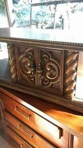Tv stand and Matching Small Table Windsor Region Ontario image 2
