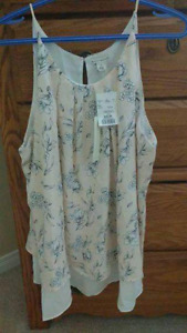 Mercer&Madison woman's top, Size XL (BNWT)