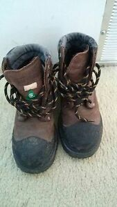 steeled toed boots for kids, size 3
