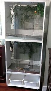 Large Birdcage Unit with Lights, Timer and Accessories