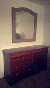 Stanley Collection Bedroom Set