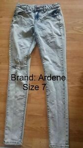 Ardene Brand Skinny Jeans Need Gone ASAP
