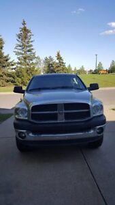 *Reduced Price*2008 Dodge Ram 2500 Quad Cab 4WD