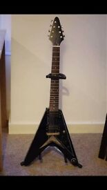 Guitar Flying v, acoustic, effects pedals BOSS MXR TC electronic Washburn Epiphone 7 string