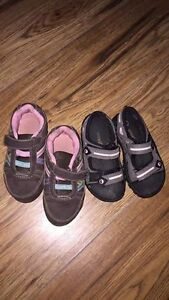 Girls size 7 smartfit shoes and sandals $10 for both.