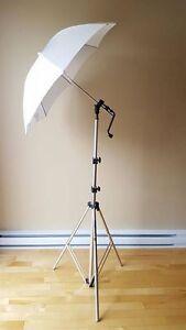 Trepied + parapluie + support pour flash....