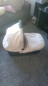 Uppababy Vista Bassinet / Carrycot pre-2015 model