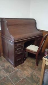 Antique Solid Wood Roll Top Desk with Chair