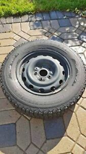 Winter tires and steel rims 225/70/16 - 4 pneus hiver Firestone