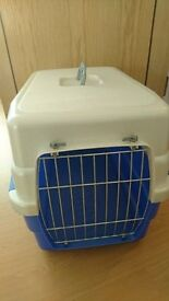 Pet cage Medium size excellent condition like new