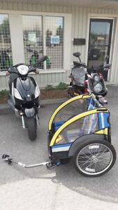 Bell Bicycle Trailer! Pull your kids Around!
