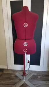 Adjustable Sizing Mannequin - XL