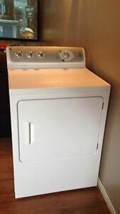 2010 GE Electric Dryer - in Unity, SK