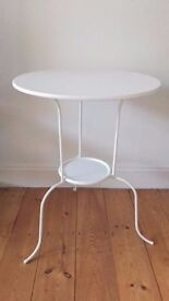 Bargain small side poseur table - Elegant design