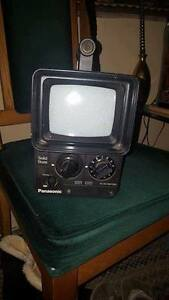 """Panasonic Solid State Cordless TV Runs with 9 """"C"""" Batteries"""