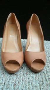 3 pairs gorgeous shoes London Ontario image 2