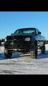 Ford F-150 1997 lifter 8 pouces 3000$