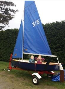 3.7M sailboat and trailer $1250 OBO