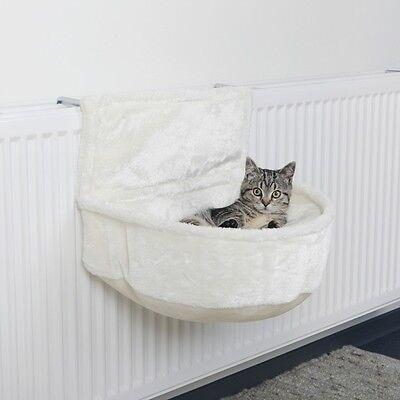 Trixie Katzen Heizungsliege Kuschelsack für Heizkörper 45 × 13 × 33 cm, weiß