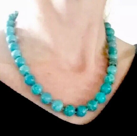Rare Outstanding! Antique or Vintage 70.80g! Big solid Turquoise beads necklace
