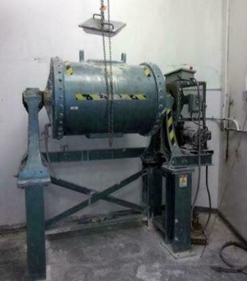 ^^ PATTERSON BALL MILL - 95 GALLONS