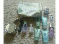 Clinque bundle most new & bag 13 items