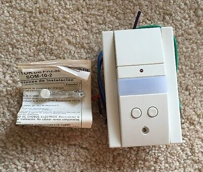 Hubbell Som-10-2 Motion Sensor Pir Wall Switch Dual Circuit