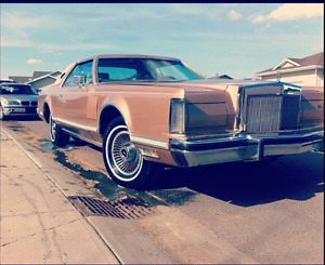 1979 Lincoln Continental Mark 5 Coupe (2 door)