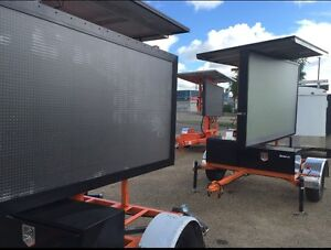 Solar Powered Hydraulic Trailer Mounted Construction Sign Williams Lake Cariboo Area image 3