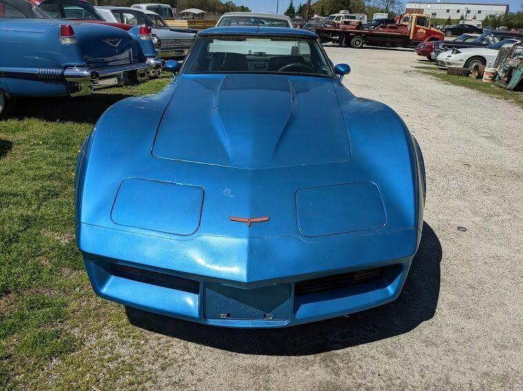 1980 Blue Chevrolet Corvette Coupe  | C3 Corvette Photo 2