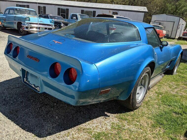 1980 Blue Chevrolet Corvette Coupe  | C3 Corvette Photo 4
