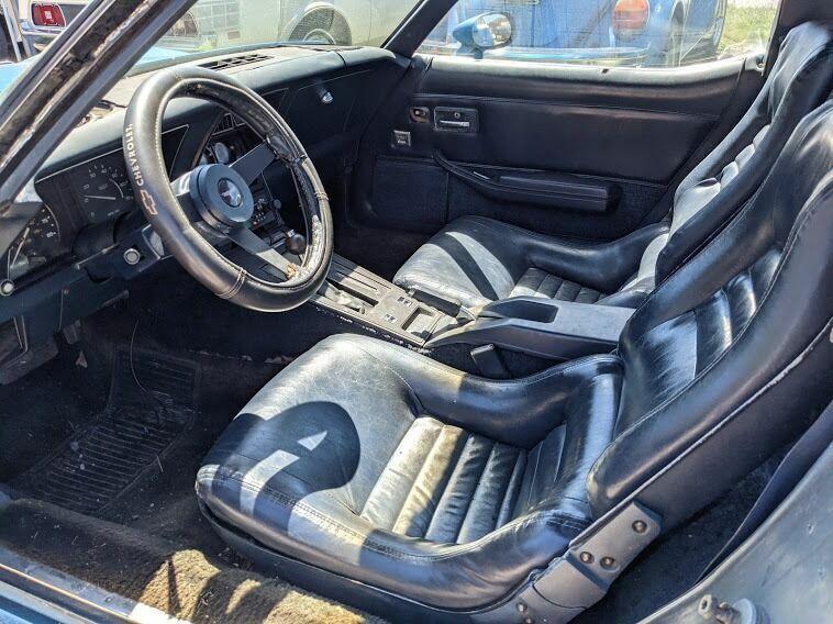 1980 Blue Chevrolet Corvette Coupe  | C3 Corvette Photo 8