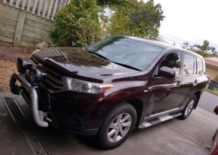 2011 Toyota Kluger Wagon **12 MONTH WARRANTY**