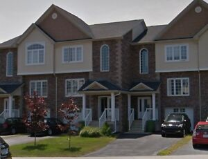 townhouse in Bedford for rent