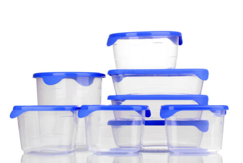 How to Buy a Used Plastic Storage Box