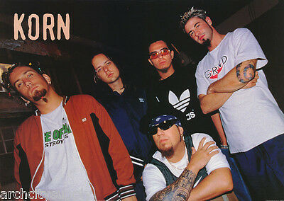 POSTER: MUSIC : KORN -GROUP LEANING LEFT -    FREE SHIPPING !   #PR3174  RW15 K