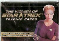 Star Trek Women of Star Card Set & Plastic Case ( Rittenhouse)