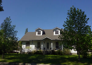 Amazing Home - Neepawa