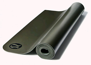 Lululemon 3mm mat, brand new in original packagi g